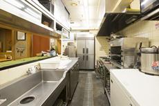 セントラルキッチン方式を採用 全店衛生管理抜群で味のブレ無し!